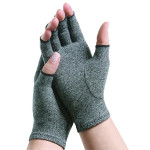 New Kenko ThermoGloves keep your hands warm with far-infrared energy